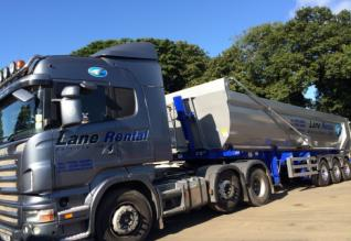 Lane Rental take delivery of Weightlifter steel bodied bulk aggregate tipping trailer